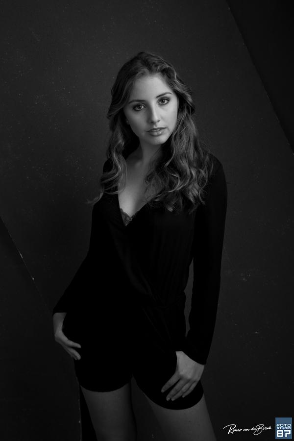 Glamour Fotoshoot Inclusief Visagie En Hairstyling Bij Fotostudio 87 Almere
