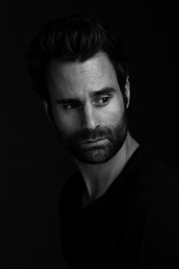 casting fotoshoot model acteur man zwart wit