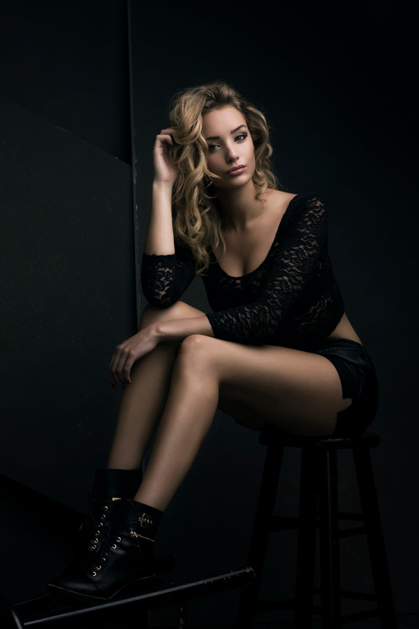 fotoshoot glamour miss almere donkere kamer