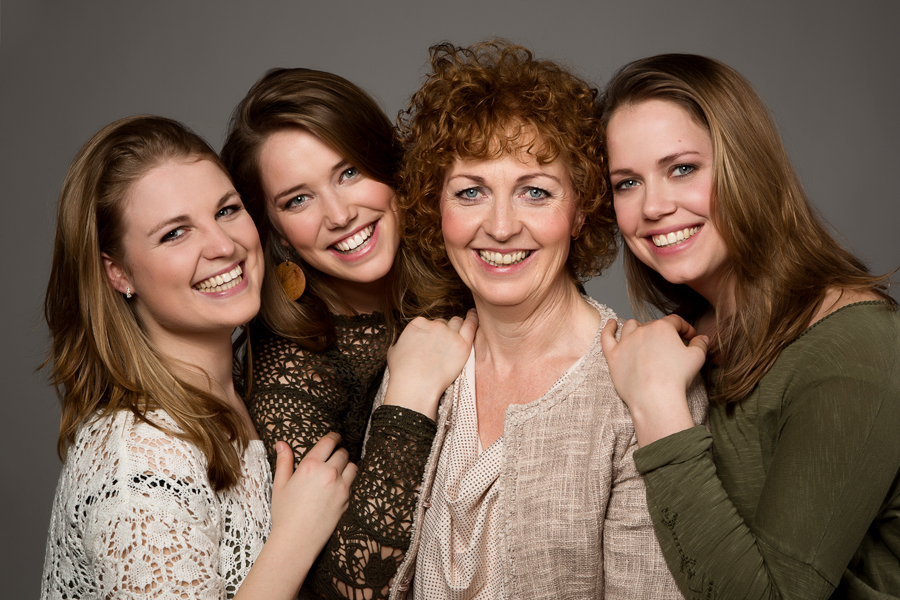 portret fotoshoot moeder en dochters