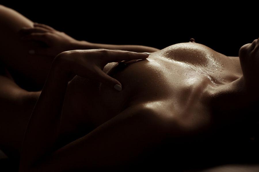 sexy fotoshoot naaktfoto van borsten