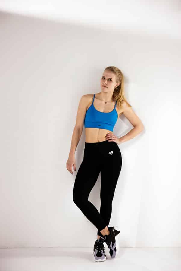 Sport en Fitness Fotoshoot - jonge vrouw