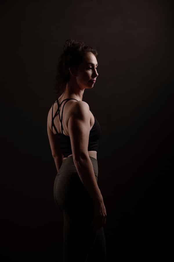 Sport en Fitness Fotoshoot - jonge vrouw fitness shoot