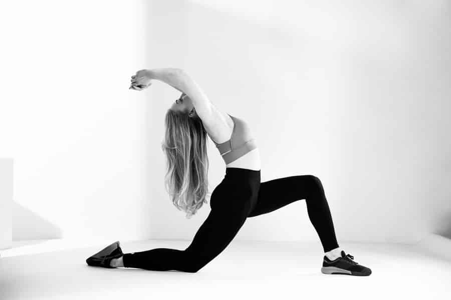 Sport en Fitness Fotoshoot - fitness lunge in zwart/wit